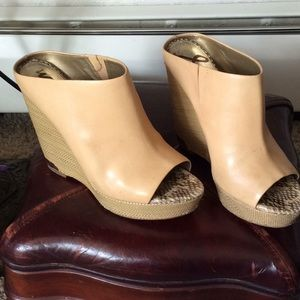Sam Edelman tan leather wedge sandals size 9